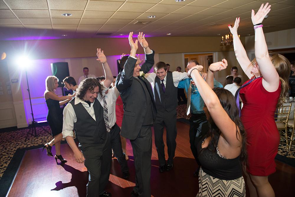 DJ Domenic Dutchess Manor wedding