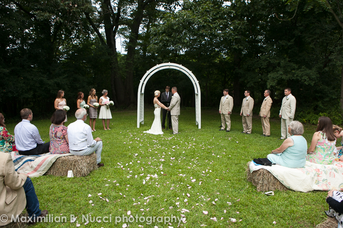 Hudson_Valley_Summer_Wedding_Outdoors